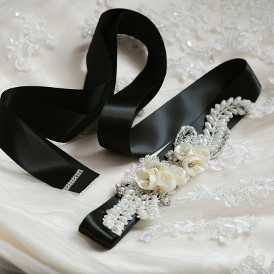 Handmade Flower Pearl Wedding Sash with Beadings_4