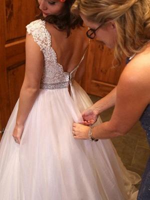 Glamorous Court Train Bateau Beaded Tulle Sleeveless Puffy Wedding Dresses_3