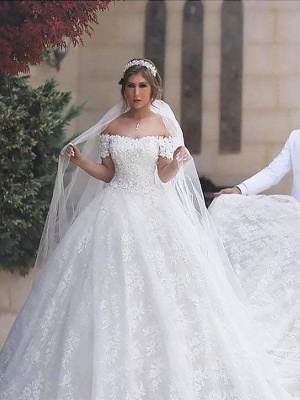 Irresistible Court Train Puffy Short Sleeves Off-the-Shoulder Wedding Dresses_2
