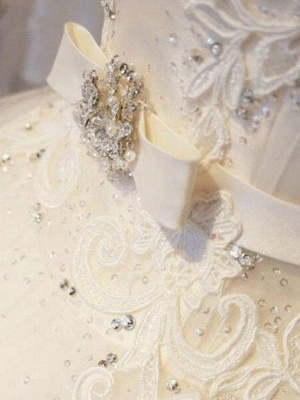Sleek Off-the-Shoulder Sleeveless Ribbon Beaded Sweep Train Applique Lace Puffy Wedding Dresses_5