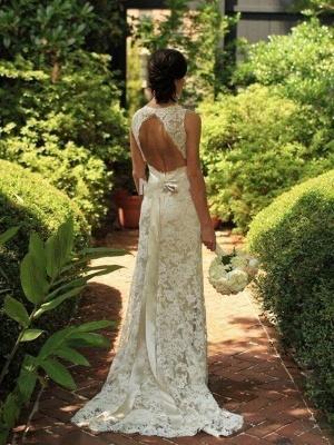Elegant Sweep Train Sleeveless V-neck Lace Wedding Dresses_1