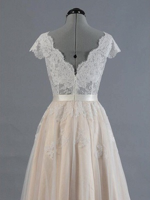 Sweep Train Sleeveless V-neck Applique Lace Wedding Dresses_5