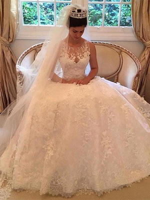 Dramatic Scoop Sleeveless Lace Appliques Wedding Dresses_1