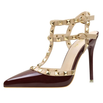 Fashion Pionted Toe High Heel Buckle Hollowout Wedding Shoes with Rivets_5
