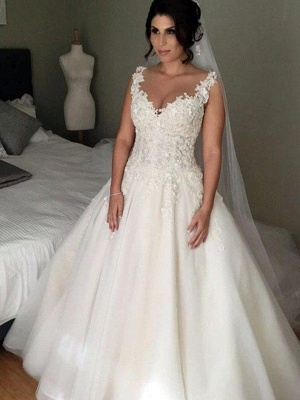 V-neck Puffy Tulle Applique Lace Wedding Dresses | Court Train Sleeveless Brial Gowns_1