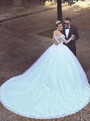 Long Sleeves Court Train Puffy Off-the-Shoulder Glamorous Wedding Dresses_3