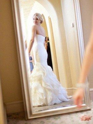Court Train Sexy Mermaid Satin Wedding Dresses   Sleeveless Sweetheart Ruffles Bridal Gowns_3