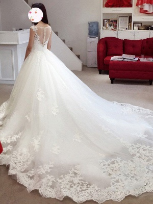 Court Train Applique Wedding Dresses | Sleeveless Tulle Puffy Bateau Bridal Gowns_3