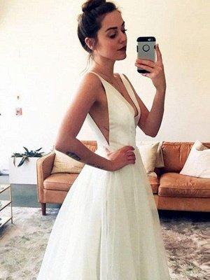 Glamorous Tulle Sweep Train Sleeveless V-neck Ruched Wedding Dresses_1