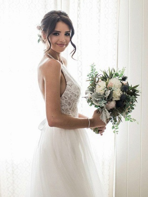 Lace Sleeveless Tulle Floor-Length Halter Wedding Dresses_1