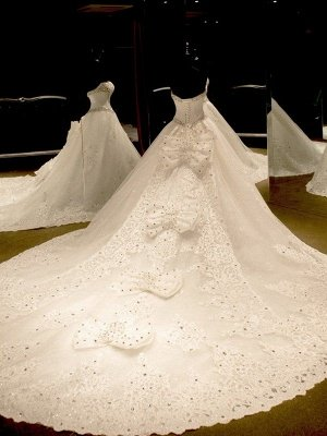 Sleeveless Sweetheart Puffy Cathedral Train Tulle Applique Sequin Wedding Dresses_3