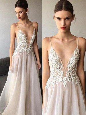 Glamorous Sweep Train Spaghetti Straps  Sleeveless V-neck Lace Tulle Wedding Dresses_1