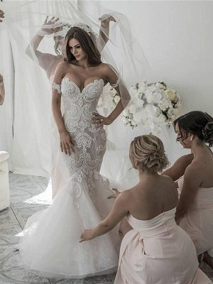 Off-the-Shoulder Tulle Chapel Train Sleeveless Sexy Mermaid Wedding Dresses_1