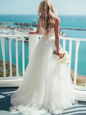 Glamorous Tulle Sweetheart Sweep Train Puffy Sleeveless Wedding Dresses_3