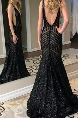 Stunning Straps Sleeveless Deep V-Neck Mermaid Prom Dress_3