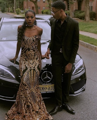 Glamourous Sheath Off The Shoulder Gold Applique Long Prom Dress_3
