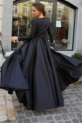 Classic A-line Long Sleeves Black Prom Dresses with a Leg Slit_2