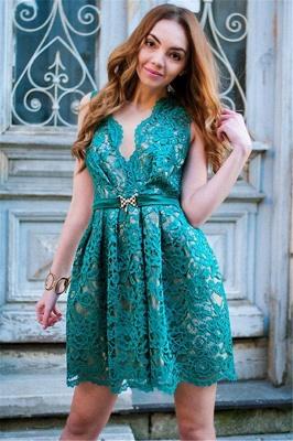 Sttlish Lace Sleeveless V-Neck Homecoming Dress_1