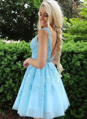 Chic Tulle Appliqus Straps A-Line Beading Homecoming Dress_2