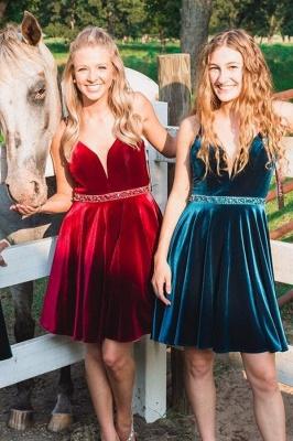 Sexy Purple Homecoming Dresses Spaghettis Straps Beaded Velvet Cocktail Dress_2