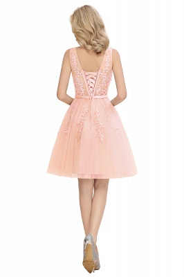 Lovely V-neck Lace-up Short Prom Dresses with Lace Appliques_21
