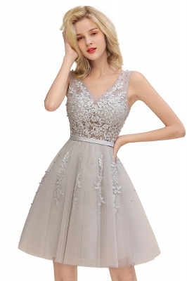 Lovely V-neck Lace-up Short Prom Dresses with Lace Appliques_8