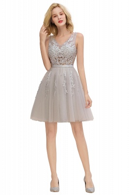Lovely V-neck Lace-up Short Prom Dresses with Lace Appliques_24