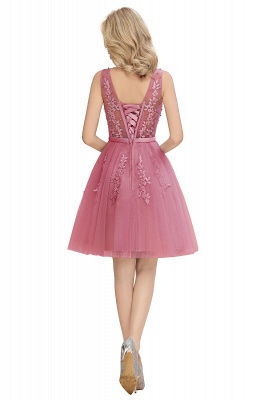 Lovely V-neck Lace-up Short Prom Dresses with Lace Appliques_19