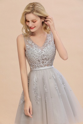 Lovely V-neck Lace-up Short Prom Dresses with Lace Appliques_14