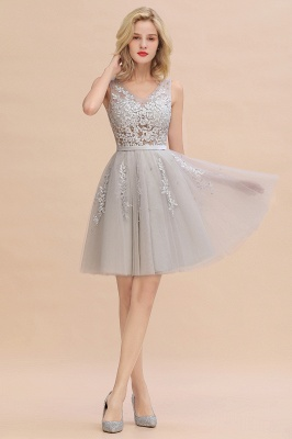 Lovely V-neck Lace-up Short Prom Dresses with Lace Appliques_5
