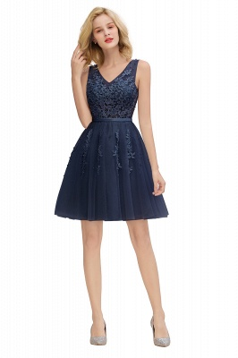 Lovely V-neck Lace-up Short Prom Dresses with Lace Appliques_25