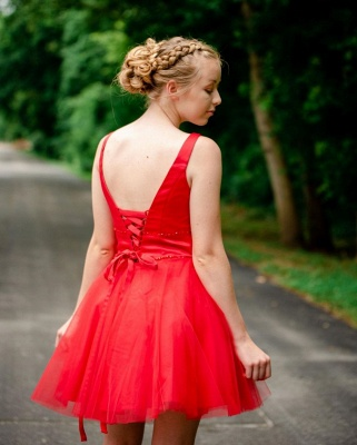 Simple V Neck Straps Red Homecoming Dress | A Line Tulle Sleeveless Beading Short Cocktail Dress_2