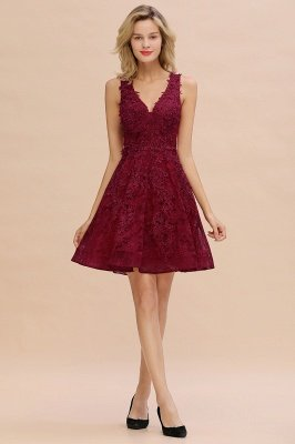 Princess V-neck Knee Length Lace Appliques Homecoming Dresses_17