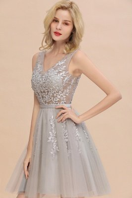 Lovely V-neck Lace-up Short Prom Dresses with Lace Appliques_13