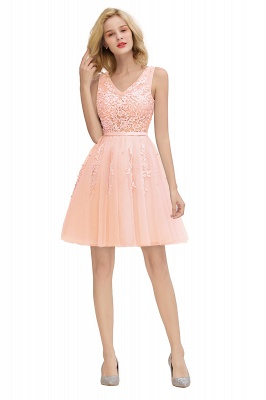 Lovely V-neck Lace-up Short Prom Dresses with Lace Appliques_28
