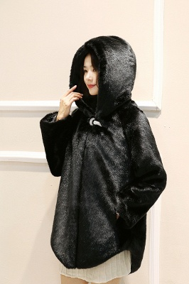 Black Cape Type Hooded Faux Fur Coat_5