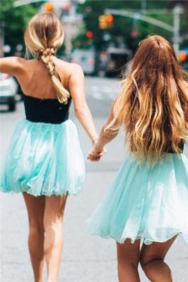 A-line Keyhole Halter Sleeveless Homecoming Dress | Appliques Short Cocktail Dress_2