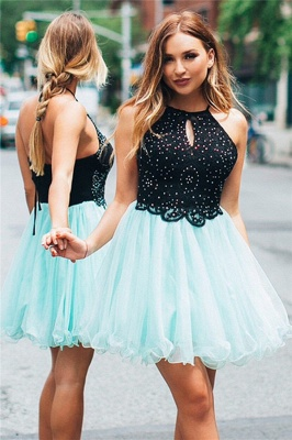 A-line Keyhole Halter Sleeveless Homecoming Dress | Appliques Short Cocktail Dress_1