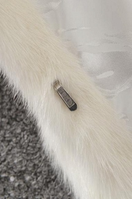 Women's Fashion Hooded White Fox Fur Coat_12