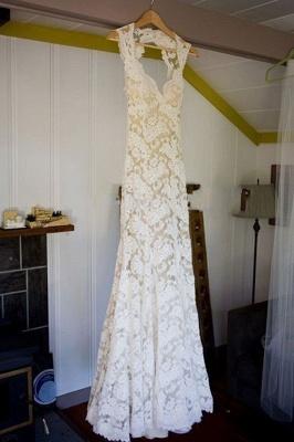 Elegant Sweep Train Sleeveless V-neck Lace Wedding Dresses_3