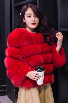 Tiered Fox Fur Coat with Full Fur Collar and Cuffs_25
