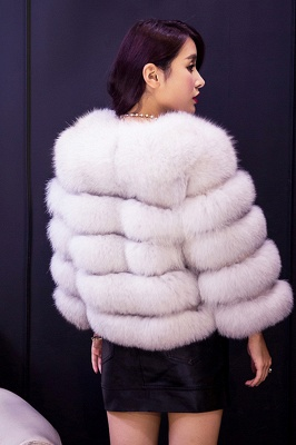 Tiered Fox Fur Coat with Full Fur Collar and Cuffs_37