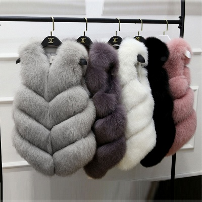 Grey Collarless Layered Fox Fur Gilet_8