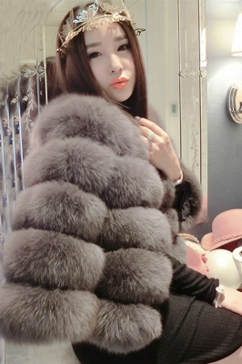 Tiered Fox Fur Coat with Full Fur Collar and Cuffs_40