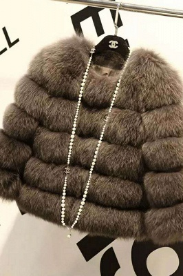 Tiered Fox Fur Coat with Full Fur Collar and Cuffs_9