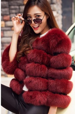 Tiered Fox Fur Coat with Full Fur Collar and Cuffs_5