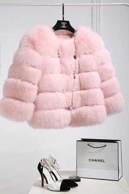 Tiered Fox Fur Coat with Full Fur Collar and Cuffs_38
