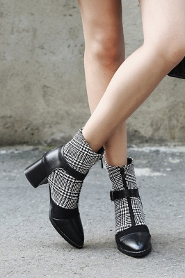 Daily Zipper Pointed Toe Buckle Chunky Boots On Sale_3