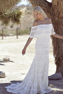 Off-the-shoulder Glamorous Lace White A-line Sweep Train Wedding Dress_2