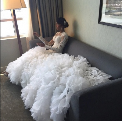 Long-Train Exquisite Lace-Appliques Ruffles Mermaid Wedding Dress_3